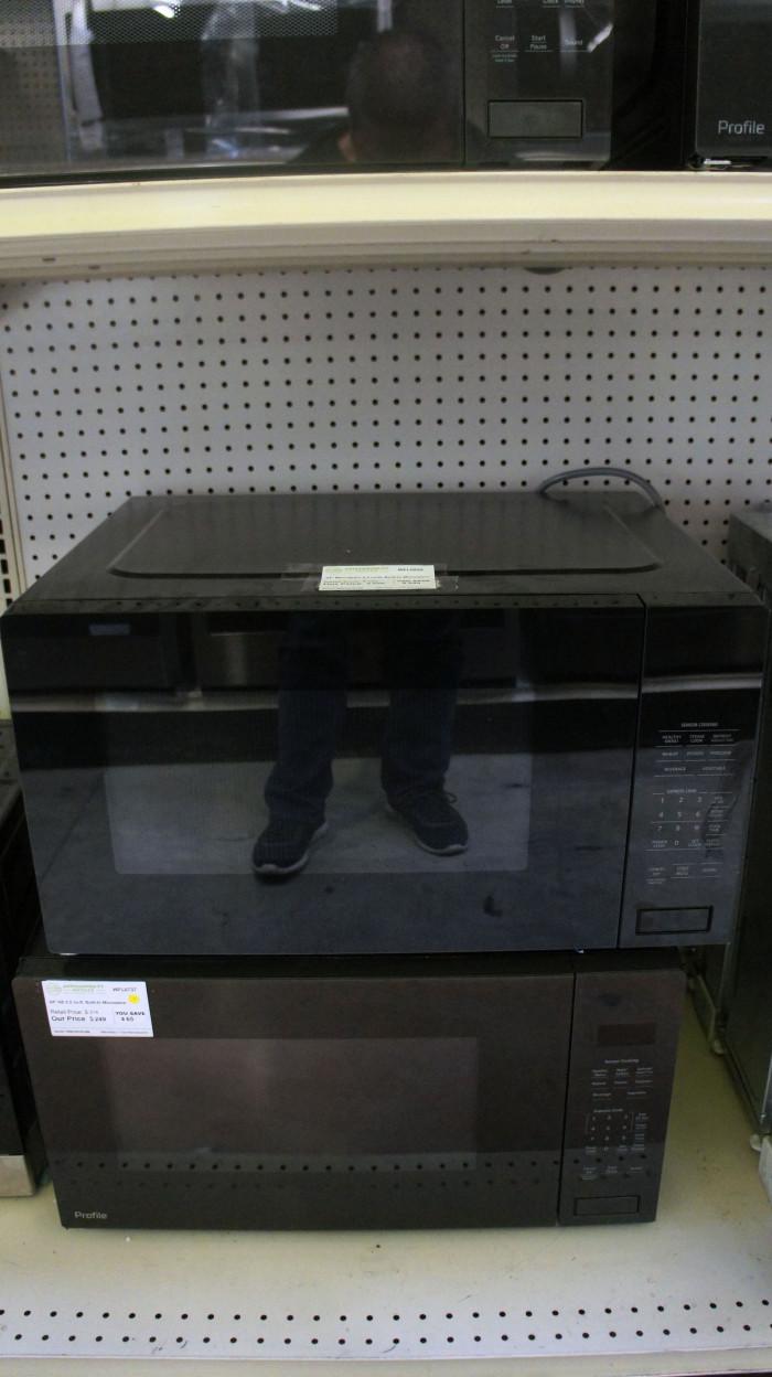 """24"""" Monogram ZEB1227SLSS 2.2 cu.ft. Built-In Microwave Oven"""
