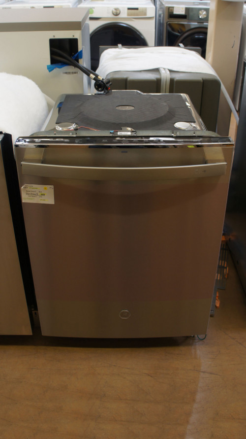 """24"""" GE GDT645SYNFS Fully Integrated Built-In Dishwasher"""