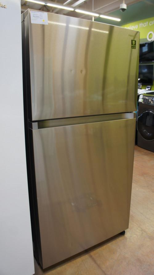 Samsung RT21M6215SR Refrigerator