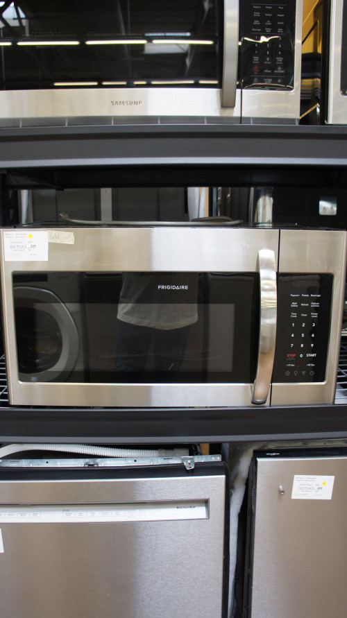 Frigidaire FFMV1846VS OTR Microwave