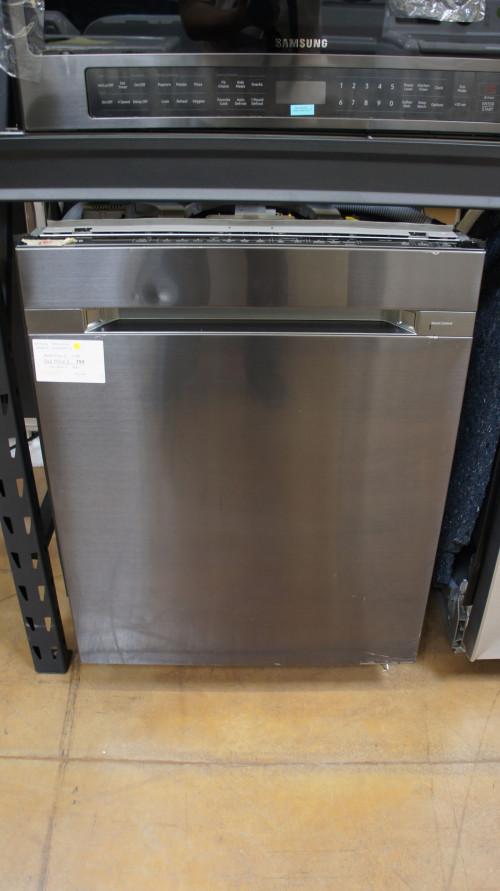 Samsung DW80M9960UG Dishwasher