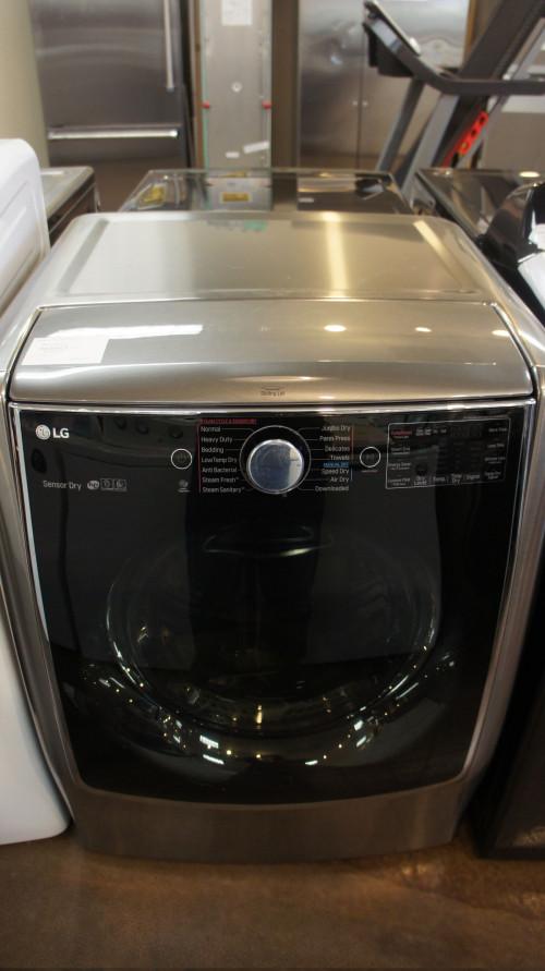 LG TurboSteam Gas Dryer