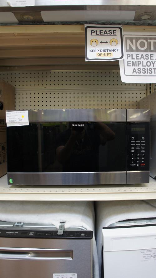 Frigidaire FGMO226NUD Microwave