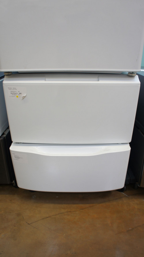 Whirlpool Front Load Washer and Dryer Pedestal