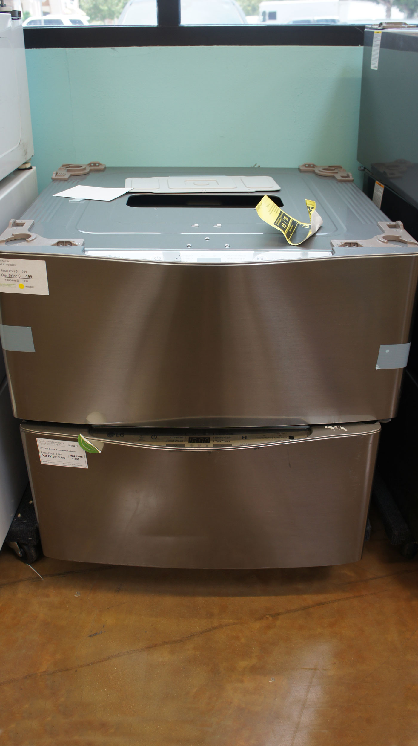 LG SideKick Washer Pedestal