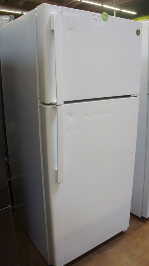 GE GTE17DTNRWW Top Freezer Refrigerator