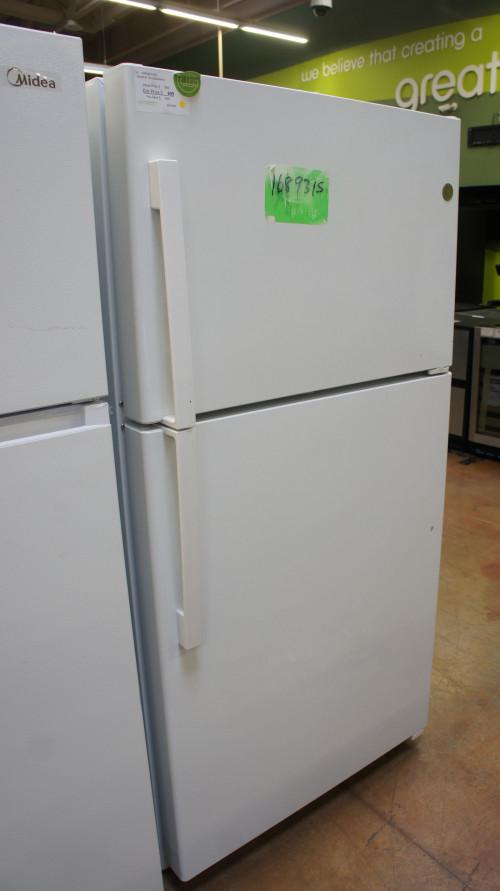GE GTS22KGNRWW Top Freezer Refrigerator