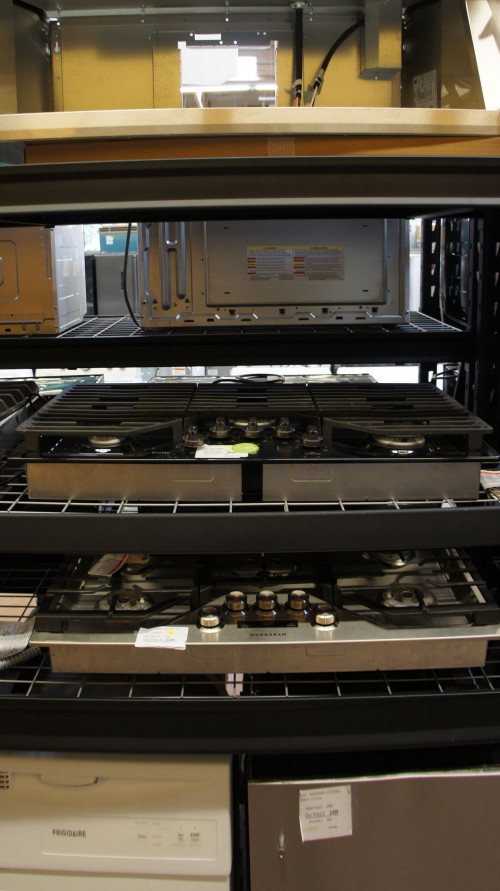 GE PGP7036BMTS Built-In Gas Cooktop