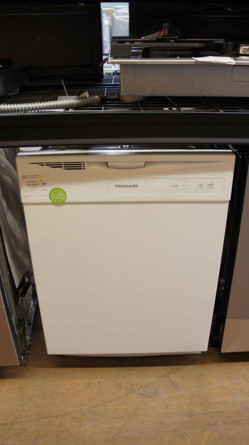 Frigidaire FDPC4221AW Full Console Dishwasher