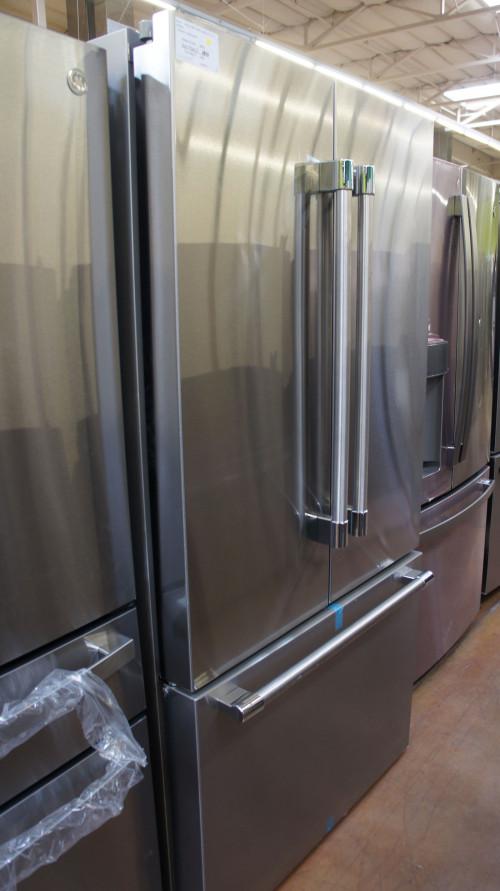 Bosch B36CT81SNS French Door Smart Refrigerator