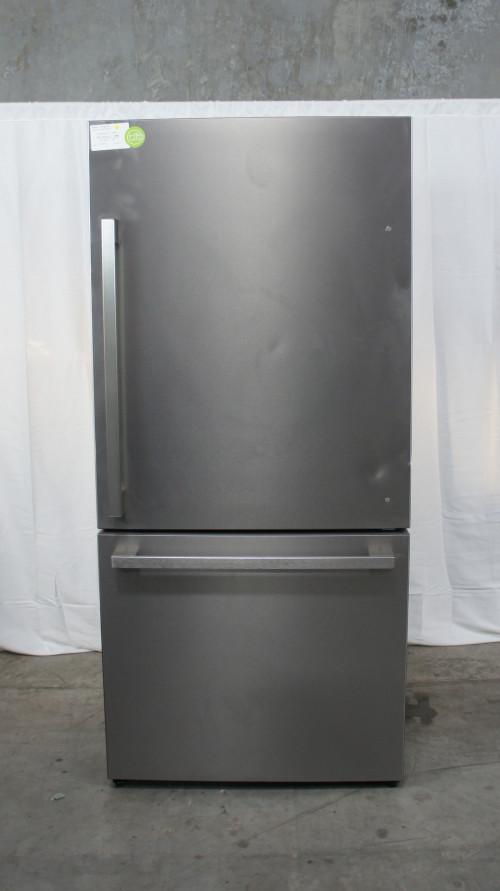 Hisense HRB171N6ASE 17.1 Cu. Ft. Bottom Freezer Refrigerator